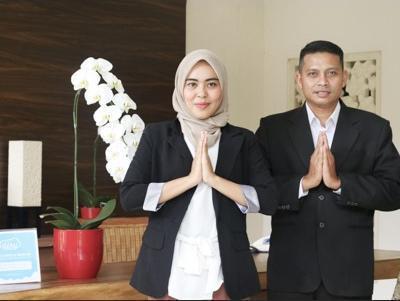 Airy Sentul Desa Sukaraja 16 Bogor - Receptionist