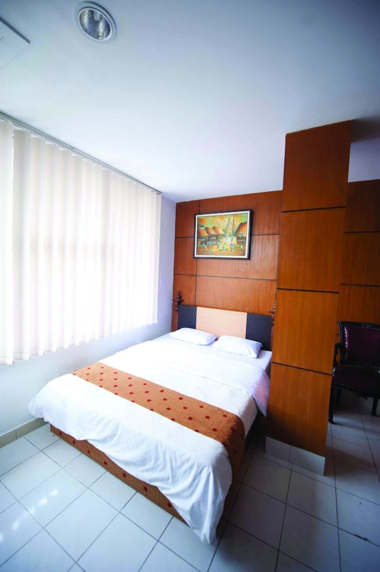Hotel Elizabeth Semarang - Featured Image