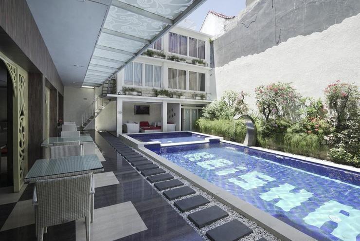 OYO 499 Princess Keisha Hotel & Convention Center Bali - Pool