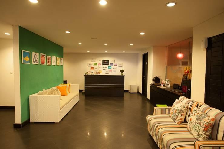 The Spot Legian - Hotel Lobby