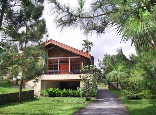 Happy Flower Resort Manado - Tampilan Luar
