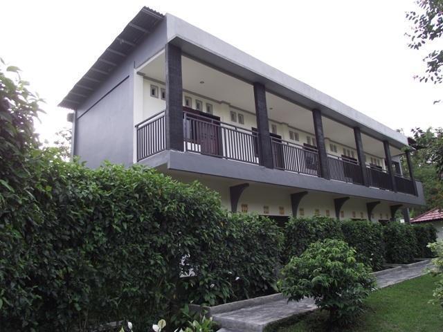 Happy Flower Resort Manado - Tampilan Luar Resort