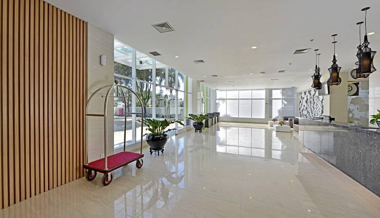 Whiz Hotel Sudirman Cilacap - Lobby