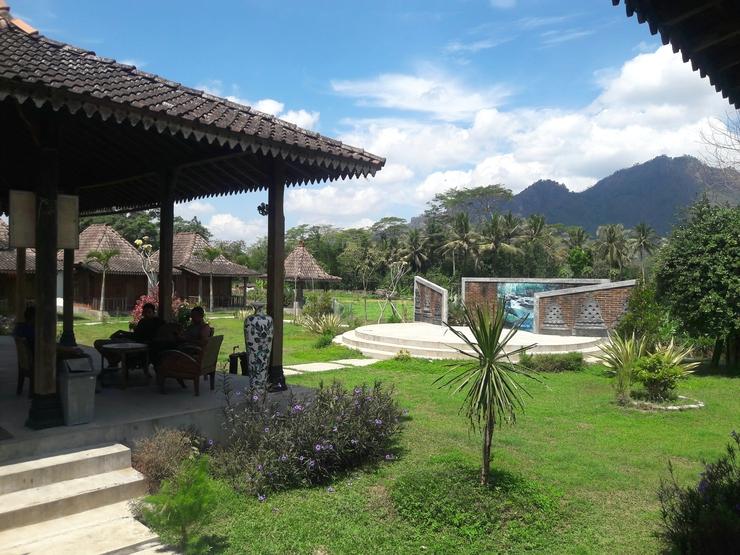 Balkondes Tanjungsari Homestay Borobudur Magelang - taman
