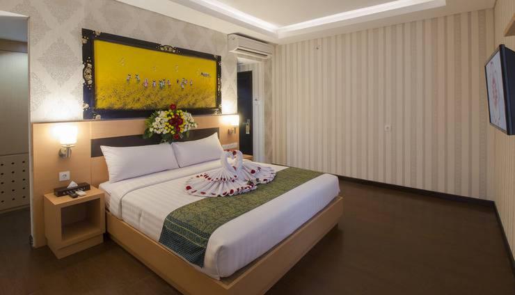 Grand Puri Saron Yogyakarta - Junior Suite