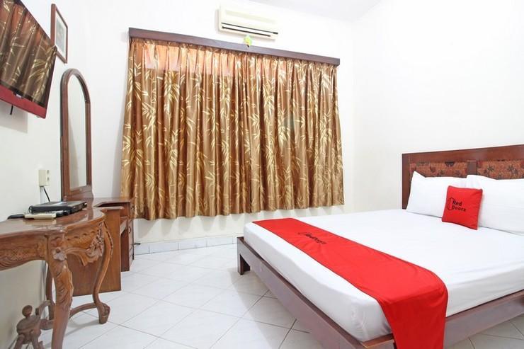 RedDoorz near Pakualaman Yogyakarta - Bedroom