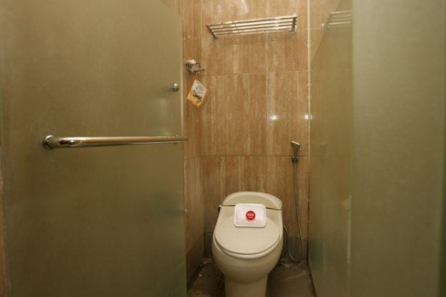 NIDA Rooms Surya Dharma Tangerang - Kamar mandi