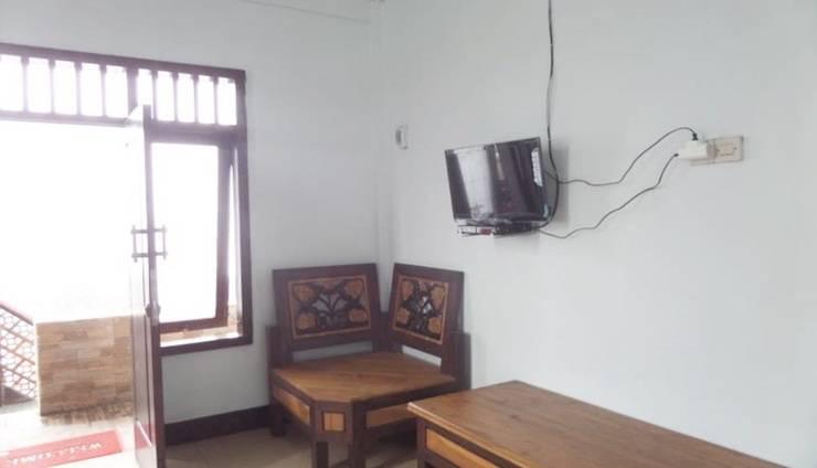 Losmen Adas Probolinggo - Interior