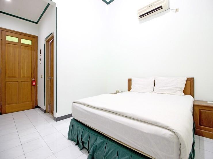 Cinka Garini Hotel Yogyakarta Yogyakarta - Guestroom