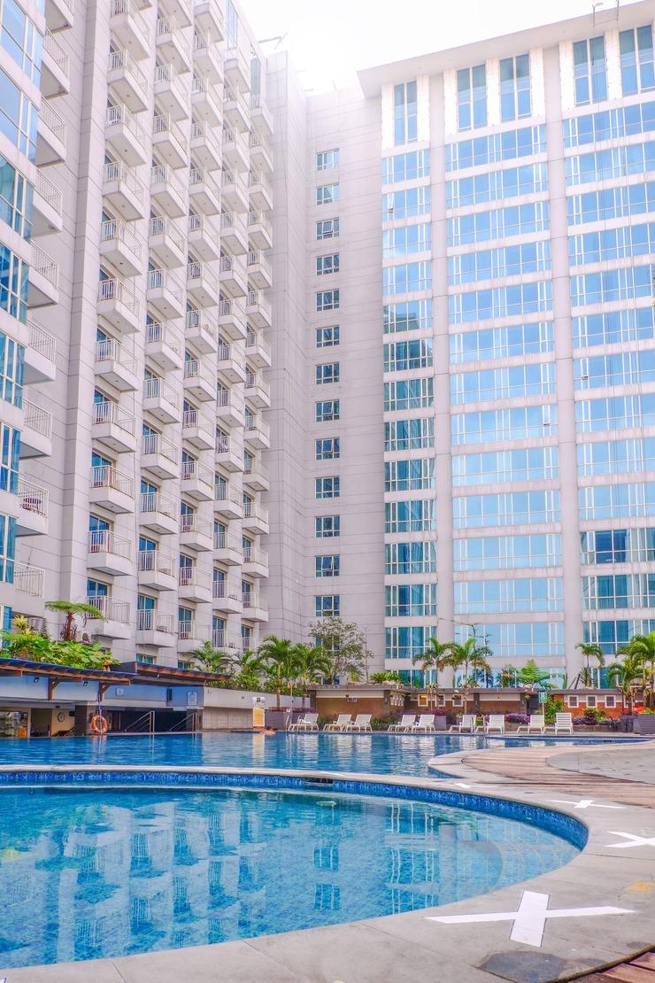 El Royale Hotel Bandung - Pool View
