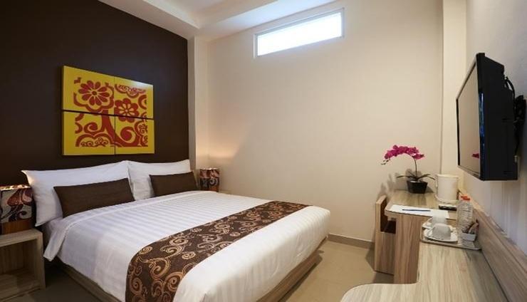 Grand Aularis Hotel Semarang - Room