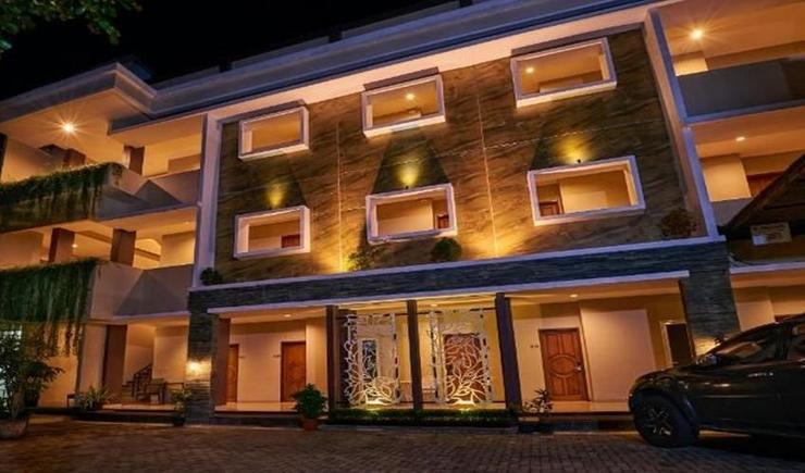 Grand Aularis Hotel Semarang - Exterior
