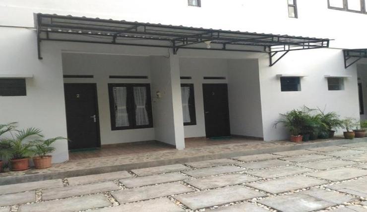 Meuthia Homestay Sawahlunto - Exterior