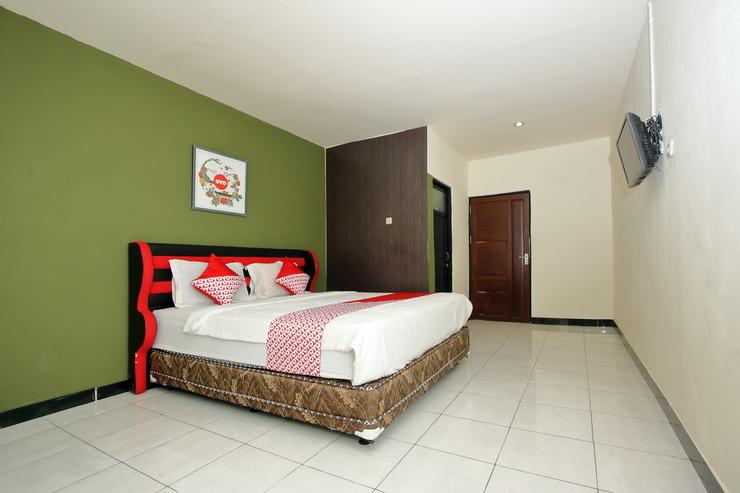 OYO 933 Wisma Malawen Palangka Raya - Bedroom