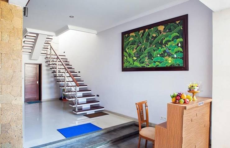 A Guest House Kuta Bali - Lobby