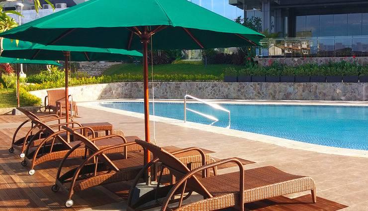 Gammara Hotel Makassar - Selayar Pool