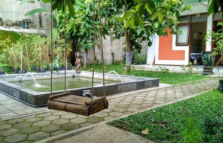 Ndalem Kilen Homestay Malang - Exterior