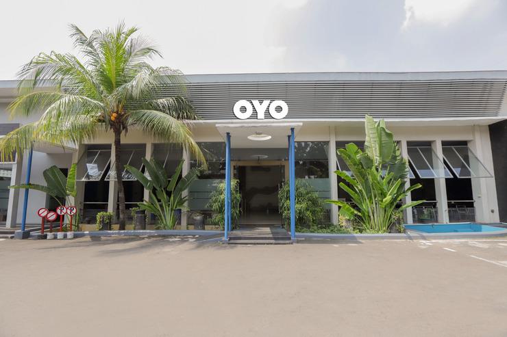OYO 918 Hotel Senen Indah Syariah Jakarta - Facade