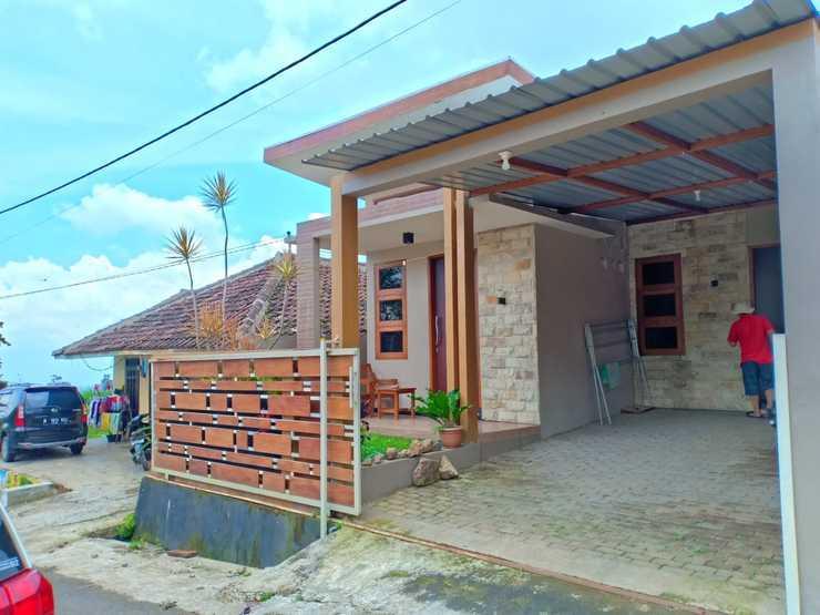Villa Akbar 4 Malang -  Exterior