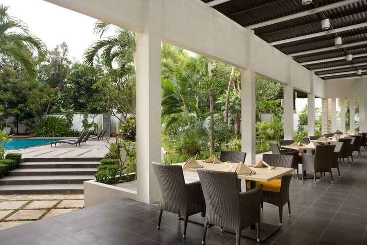 Hotel Santika Cirebon - Restaurant
