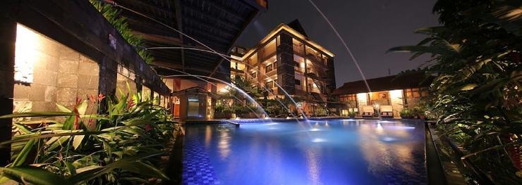 Bali World Hotel Bandung - Outdoor Pool