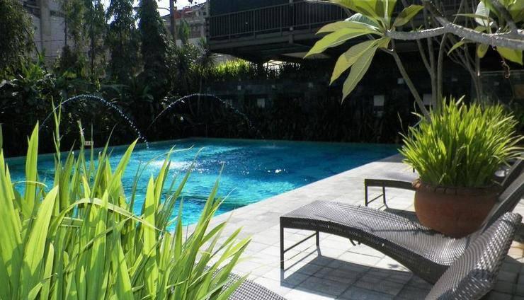 Bali World Hotel Bandung - Swimming Pool