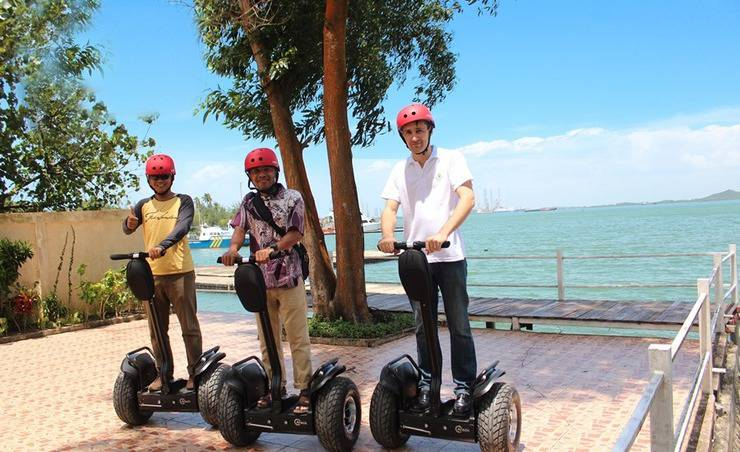 HARRIS Waterfront Batam - Segway