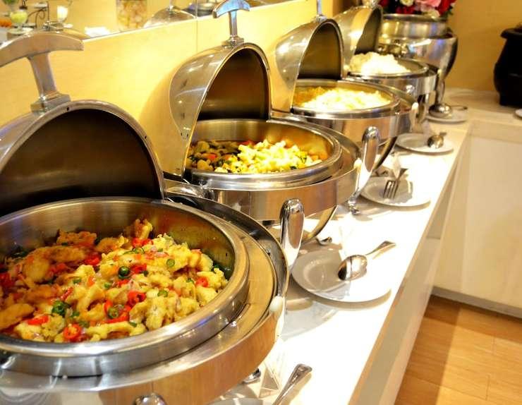 Zest Hotel Jemursari Surabaya - Breakfast Area