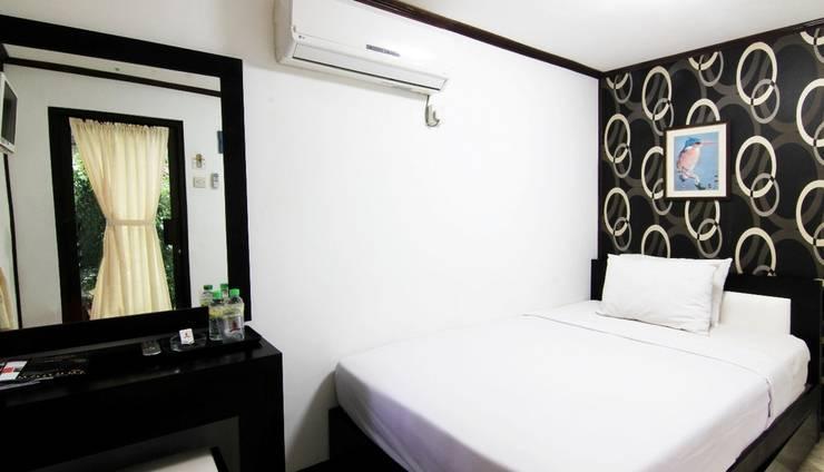 Royal Caravan Hotel Mojokerto - Kamar Superior