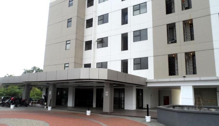 19 Avenue Apartment by Roomz Tangerang - Facade