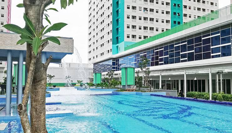 Apartemen Green Pramuka City by Stay360 Jakarta - Kolam Renang