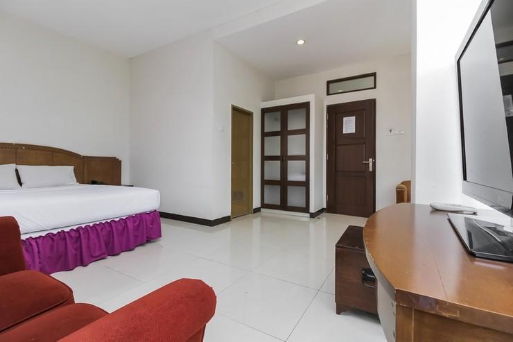 Emia Hotel Bandung - Kamar Tamu