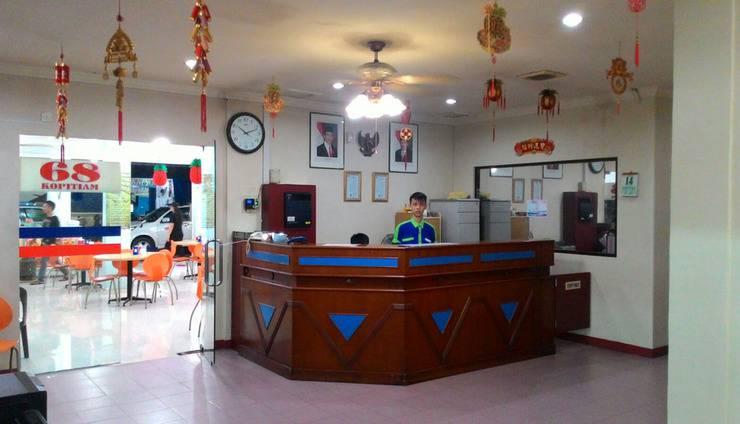 Grand Nagoya 68 Hotel Batam - Resepsionis