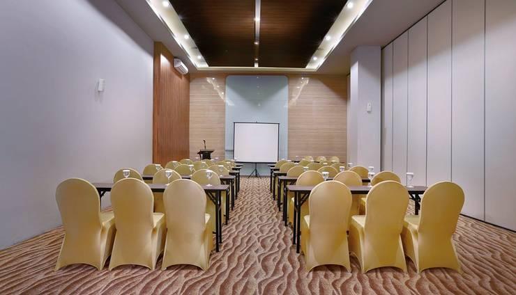 Aston Inn Mataram - Meeting Room