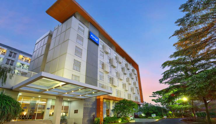 Kyriad Hotel Airport Jakarta - Building View