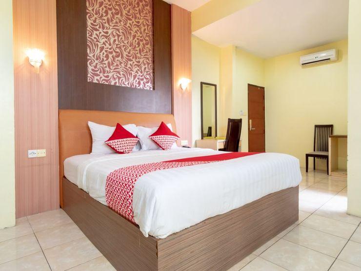 Capital O 2023 Medan Ville Hotel Medan - Bedroom SU F