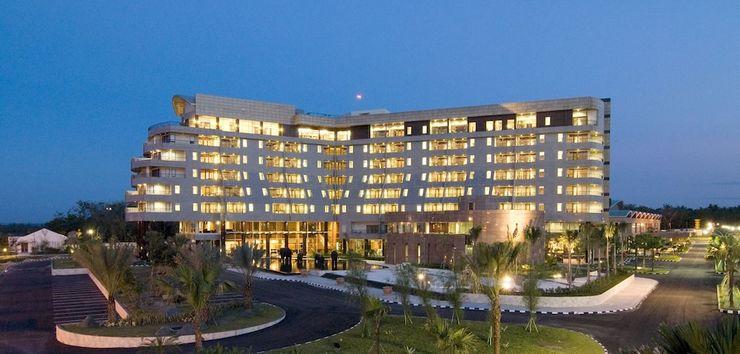 Labersa Grand Hotel Pekanbaru - Featured Image