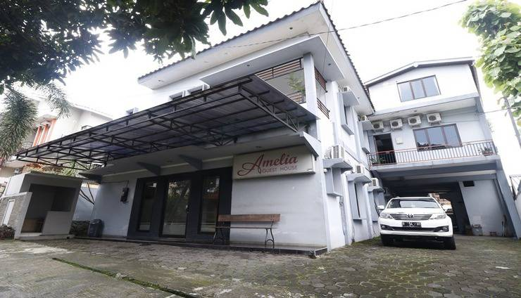 Amelia Guest House Semarang - Exterior