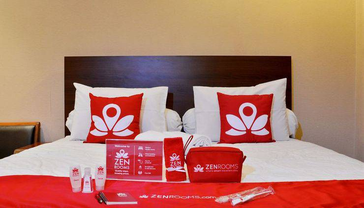 ZEN Rooms Terogong near Pondok Indah Jakarta - Superior Double Room 1