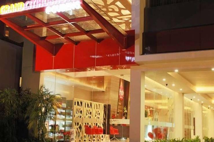 Grand Citihub Gubeng - Tampilan Luar Hotel