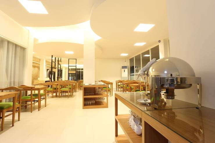 FOVERE Hotel Palangkaraya - Restaurant