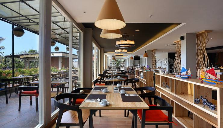 Golden Tulip Denpasar - Branche Restaurant, Bar & lounge