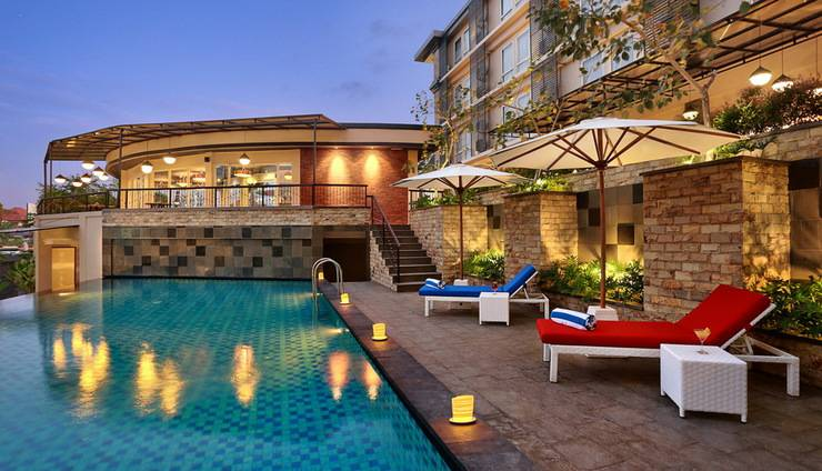 Golden Tulip Denpasar - Swimming Pool