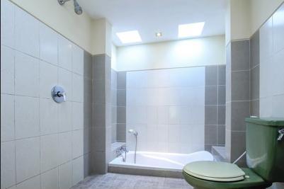 Airy Ubud Raya Andong Bali - Bathroom
