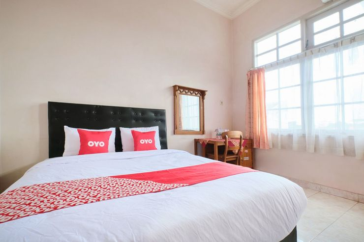OYO 2061 Rizki Dhira Guest House Syariah Yogyakarta - Standard Double