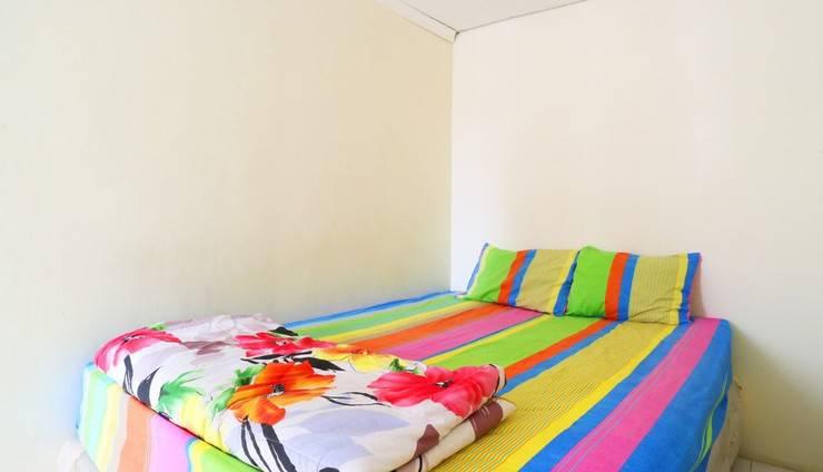 Snowy Wisma Gading Permai Jakarta - Bed room