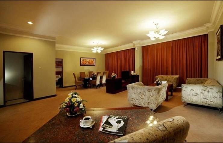 Grand Wahid Hotel Salatiga Salatiga - Interior