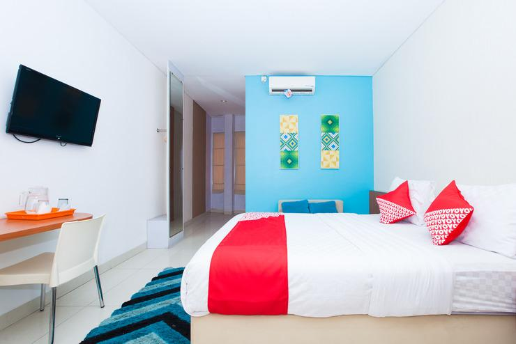 OYO 340 Cleo Guest House Bandung - Bed Room