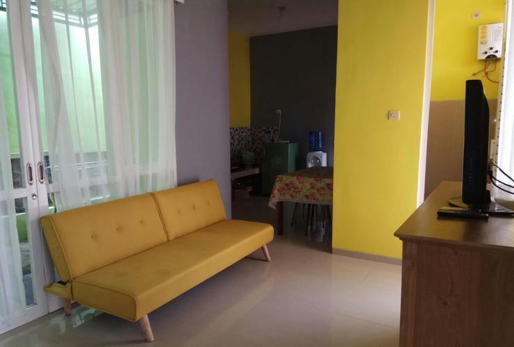 Villa Savira Malang - livingroom