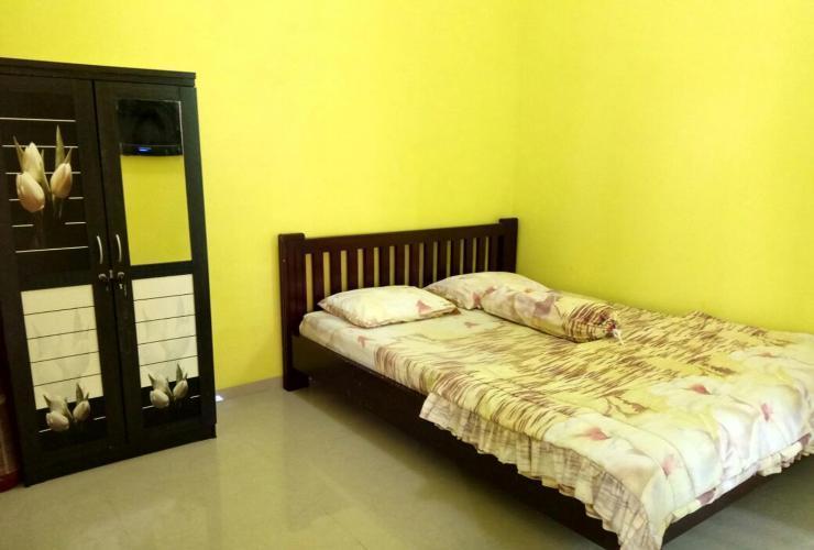 Villa Savira Malang - room